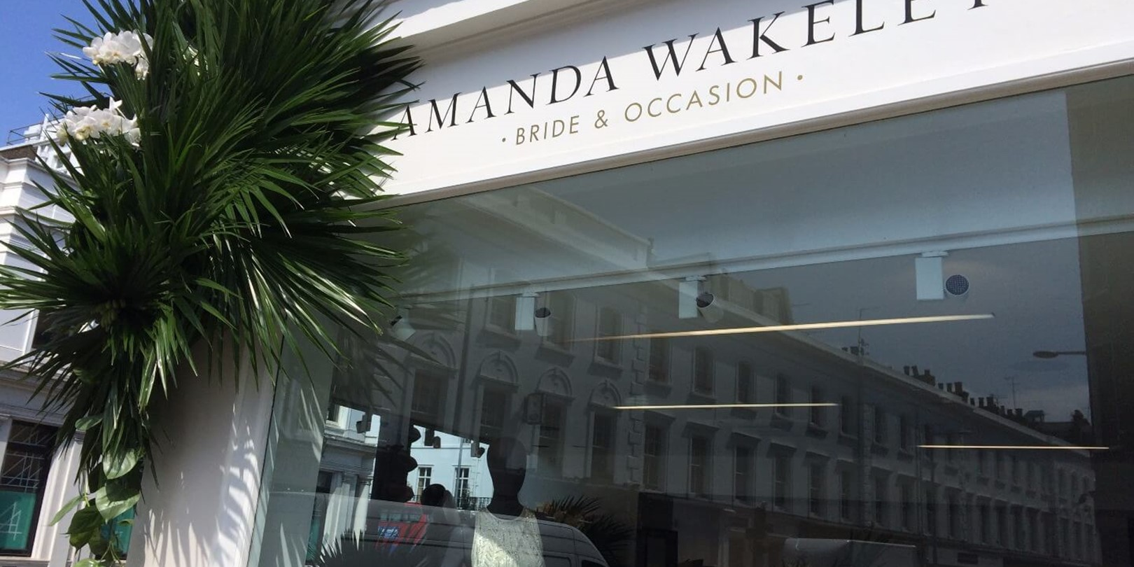 Veevers Carter_Floral Design_Styling_Installation_Amanda Wakeley.JPG
