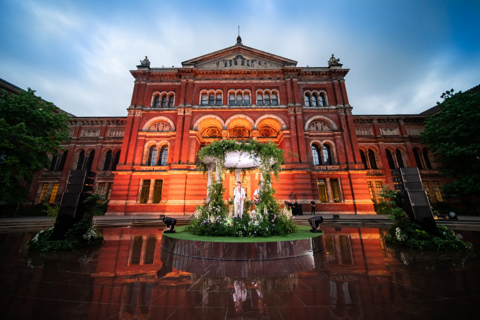 Summer party at the V&A with central stage